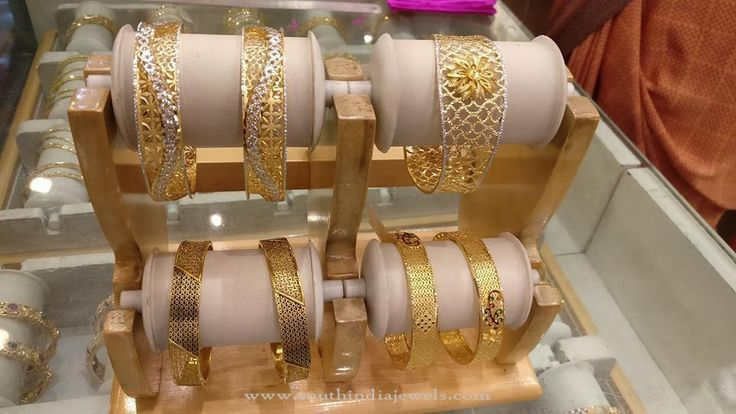 Gold Bangles for Wedding Reception, Gold Designer Bangles Collections 2016.