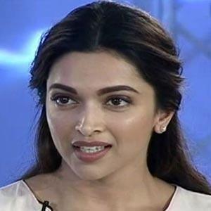 """Sometimes I Would Go To My Van And Cry"" - Deepika Padukone - Yahoo Movies India"