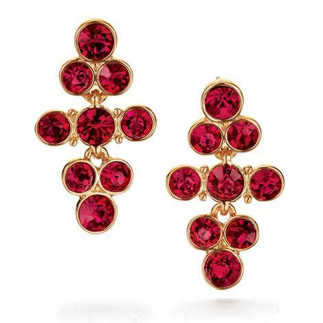 Cascading red rhinestones set in goldtone. 4 cm L. #earring #red #jewel #bijou #oreilles #Noël http://bit.ly/1GB6X17