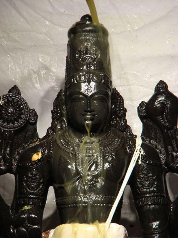 ISKCON  Bangalore is celebrating Vaikuntha Ekadashi on January 1st, 2015. For festival celebration schedule http://www.iskconbangalore.org/news/vaikuntha-ekadashi-2015/