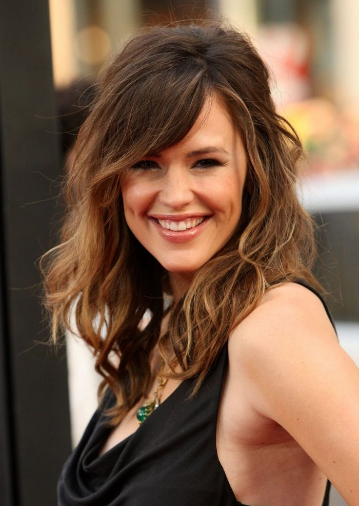 Popular Medium Length Hairstyles for Thick Hair : Cute ...
