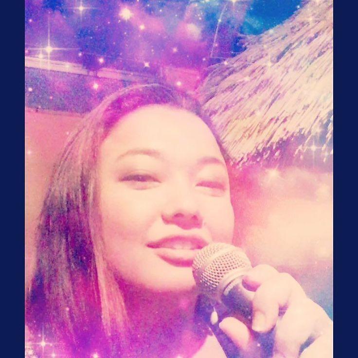 My eyes are squinted when I sing... 歌うと半目... . #rehearsal #vocal #sing #リハーサル #ボーカル #歌 #radiodj #onairpersonality #partymc #mc #masterofceremony #massagetherapist #acupuncturist #translator #englishteacher #hulagirl #ラジオdj #パーティーmc #司会 #司会者 #マッサージセラピスト #鍼灸師 #通訳 #フラガール #ロコガール