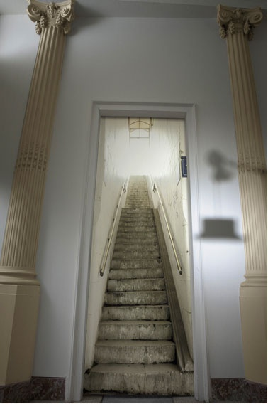 Papier Peint Trompe L Oeil Escalier Metro Blanc Gris   Decoration Maison.  Toutes Les Idees