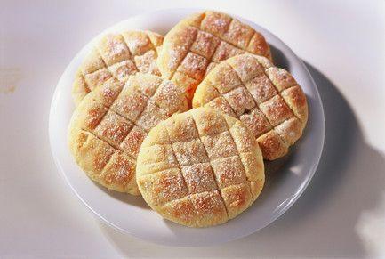 Gluteenittomat pehmeät perunaleipäset (10 kpl), valmistusaika yli 60 min.