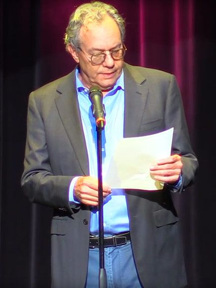 Video of Political Comedian Lewis Black Reading Teen's Mormon Church Resignation Letter Goes Viral on Social Media http://www.people.com/article/lewis-black-reads-teen-mormon-church-resignation-letter