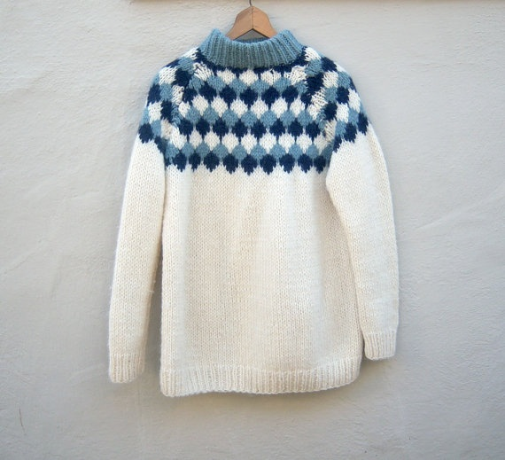 Vintage Icelandic wool sweater // blue ice slouchy by dahlilafound, $44.00