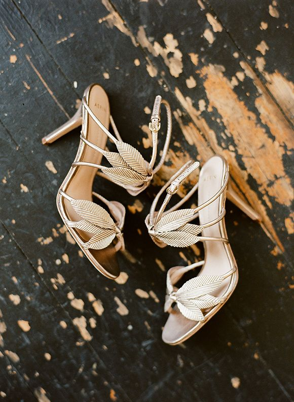 Wedding Bridal Shoes // Shoes you should have // Whitney Neal  #shoes #wedding #bridal #whitneyneal http://www.ameliste.fr/mariage/mariee/chaussures