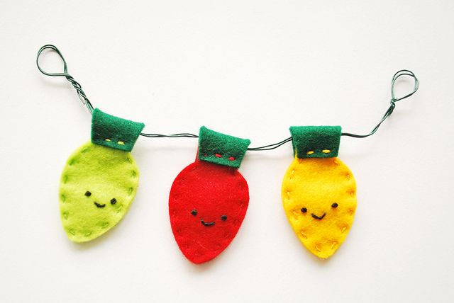 So fun.  Great on a gift, or make it a little larger for a cute holiday banner for a kids room.