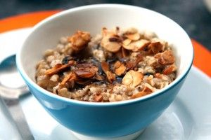 Spiced Oatmeal with Candied Almonds | Food | Pinterest