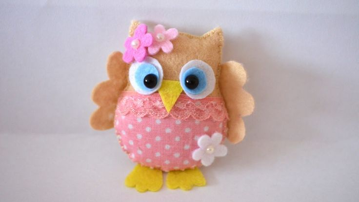 BUHO -                                       REALIZANDO UN BUHO DE TELA O FIELTRO.. TTORIAL EN INGLES.                                     How To Make a Pretty Felt and Fabric Owl - DIY Crafts Tutorial - Guidece...
