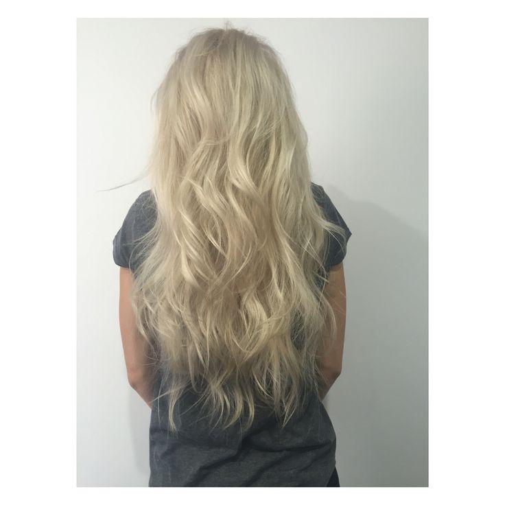 Long mermaid blonde hair by Mia Doak