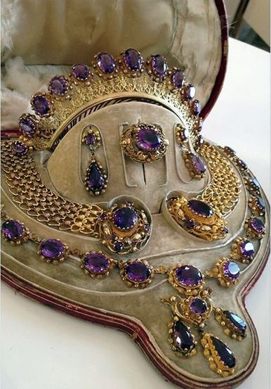 another gorgeous amethyst parure