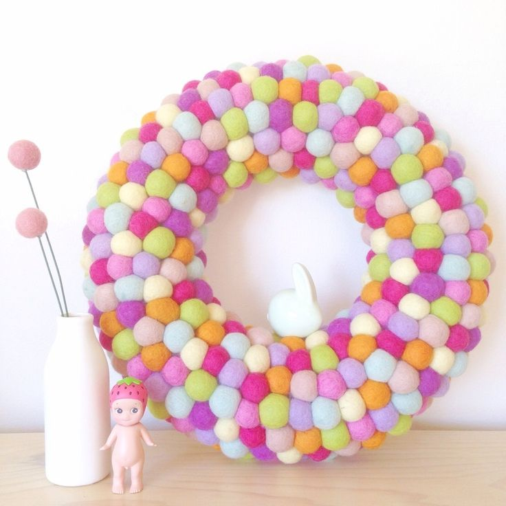 Image of Medium Feltball Wreath - Candy