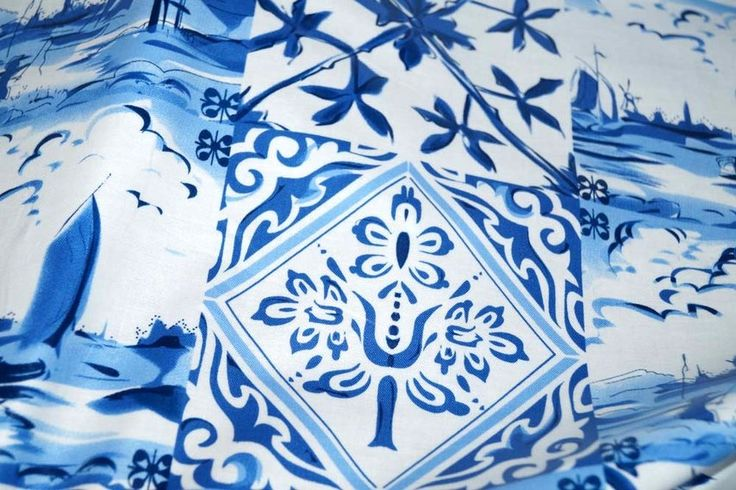 Geplastificeerd katoen Delftsblauw fantasie blauw (klein)