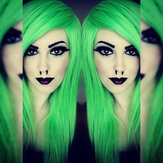 Green hair wig