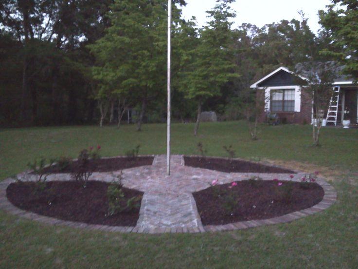Flagpole rose garden
