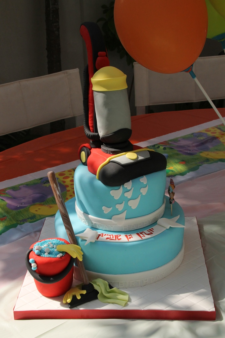 16 Best Vacuum Cakes Images On Pinterest Vacuum Cleaners Vacuums