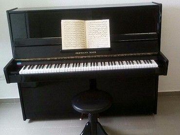 Prodám pianino HERMANN MAYR výška 120cm.