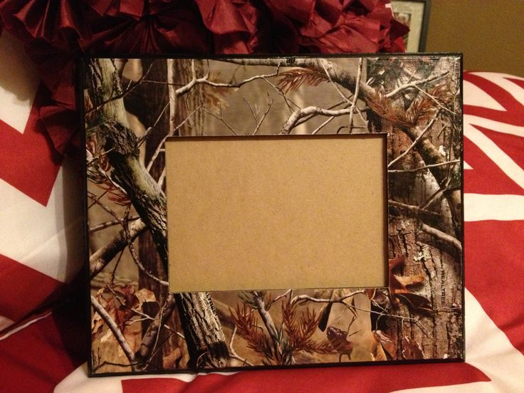 Camo picture frame!! Perfect handmade gift for boyfriends, fathers, or friends :)