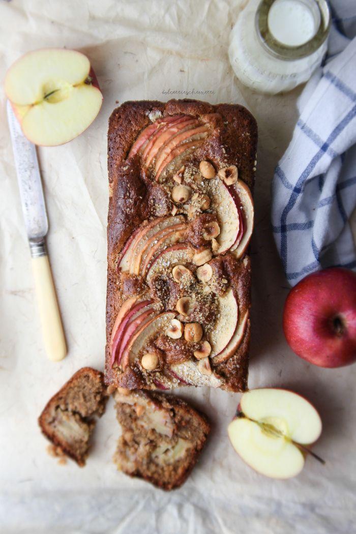 Cake di mele, nocciole e avena