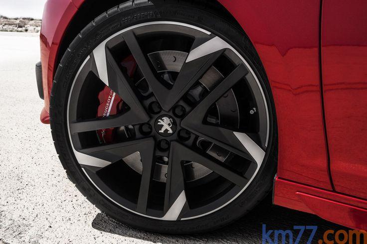 Peugeot 308 1.6 THP 270 CV GTi Turismo Ultimate Red / Perla Nera Black Exterior…
