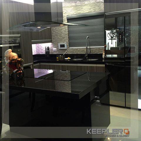 En Keepler kitchen & closets encontrarás una gran variedad de materiales, colores y diseños para equipar tu cocina y otros espacios de tu casa como closets y centros de entretenimiento, todo personalizado.  Márcanos para agendarte una cita sin compromiso: :664 104 1359   :www.keepler.mx