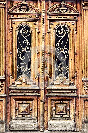 Portas antigas                                                                                                                                                                                 Mais