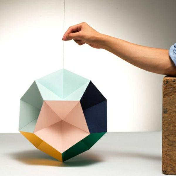 Origami Lampenschirm Anleitung - seien Sie selbst Ihr eigener Lichtdesigner und Sie würden eine originelle und einmalige Lichtquelle haben...