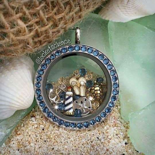 Origami Owl - I love this beachy locket look! www.charmingsusie.origamiowl.com