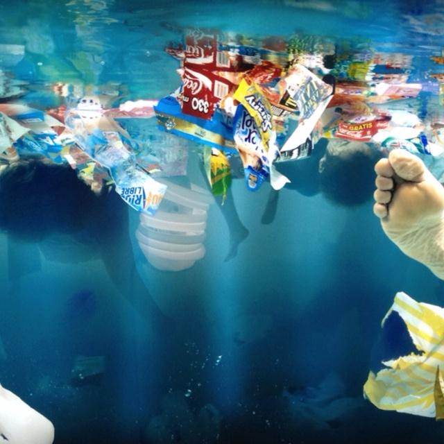 """""""Vortex' by Daniel Canogar. Arco 2012. http://tallerymedio.wordpress.com/2012/02/26/arco-2012-estamos-en-crisis-hay-que-arriesgar-o-eso-dicen-los-expertos/"""