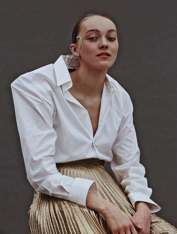 Ella (Select) taken from issue 7 of Carpark magazine / Photography Charlotte Wales, styling Felicia Garcia Rivera