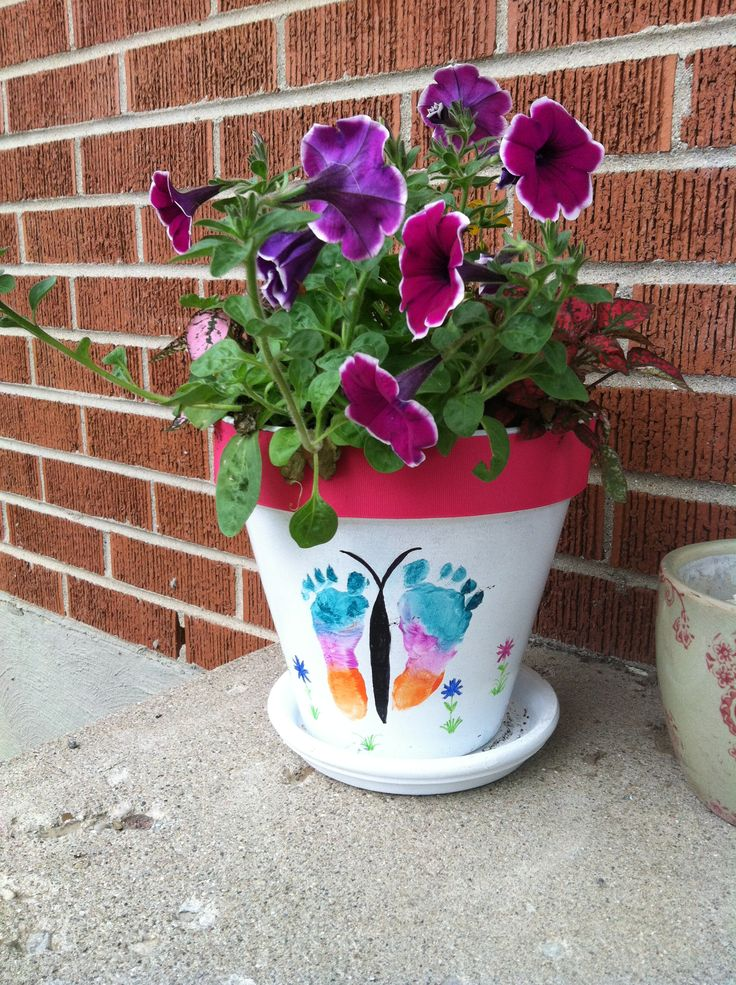 Diy Flower Pots With Baby Foot Butterfly I Mod Podged A 400 x 300