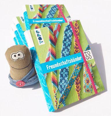 """Unser neues Buch """"Freundschaftsbänder TO GO"""" ist da! Mehr Infos und ein Blick ins Buch gibts hier:  http://black-sheep-company.blogspot.de/2017/06/unser-neues-buch-freundschaftsbander-to.html"""