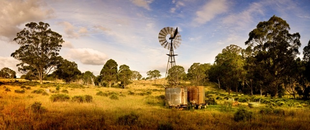 Picture perfect landscapes just a few minutes from Toowoomba's CBD.  See this and more when you are in town for the Carnival of Flowers.