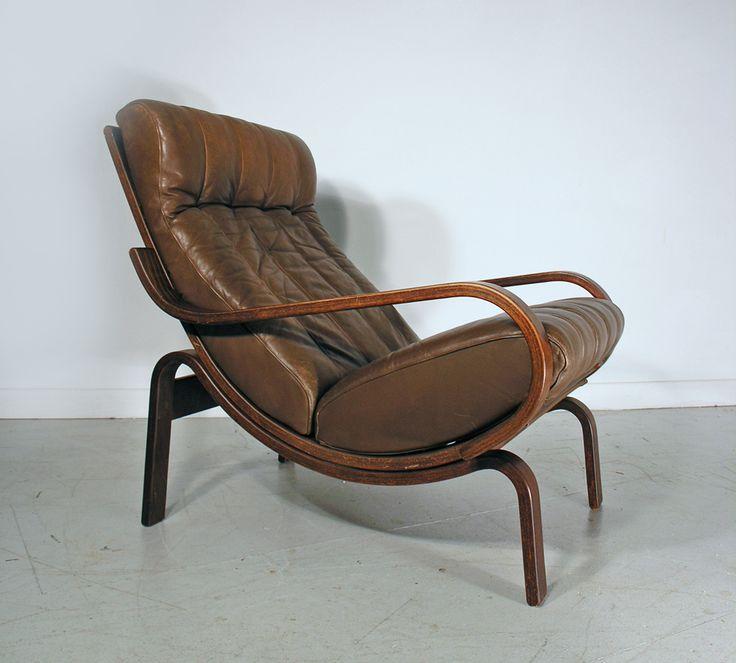 Westnofa mid century leather lounge chair. www.hayloftmidcentury.co.uk