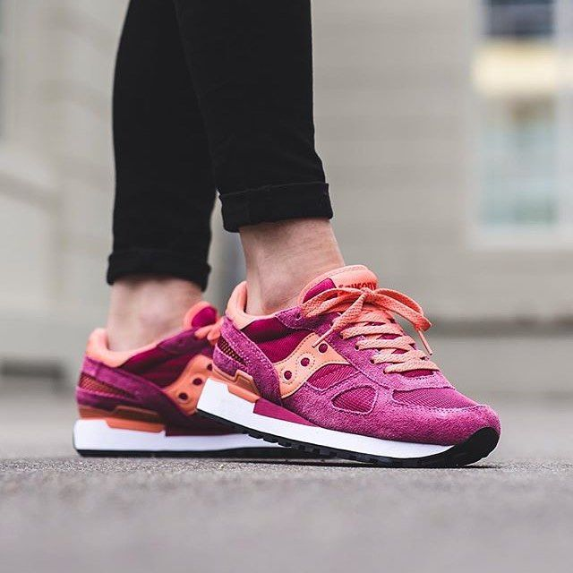 Sneakers femme - Saucony Shadow (©titoloshop)