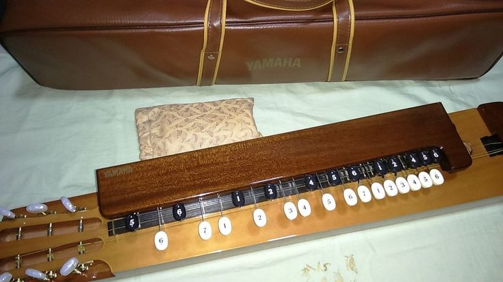 YAMAHA TH-10E Beautiful Electric Taisho Koto Goto (Taishogoto) Palm Rest & Case #Yamaha