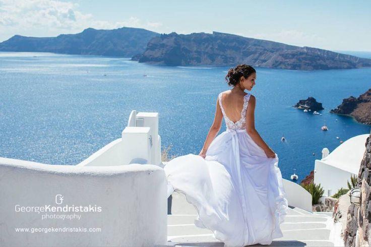 Santorini Wedding Photography | Bride | georgekendristakis.com