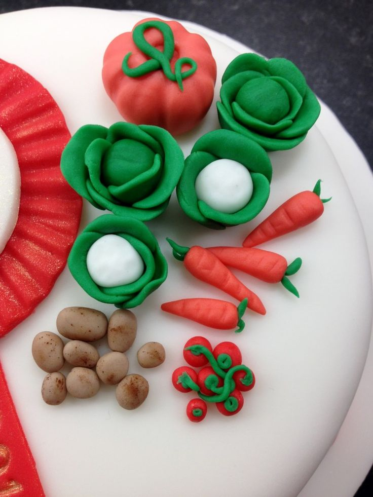Sugar paste / fondant garden vegetables