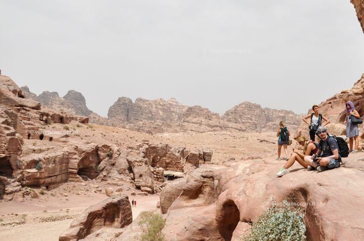 Viaggi di gruppo a Petra, viaggi gay in Giordania #shareyourjordan #gaytravel #mygaypride