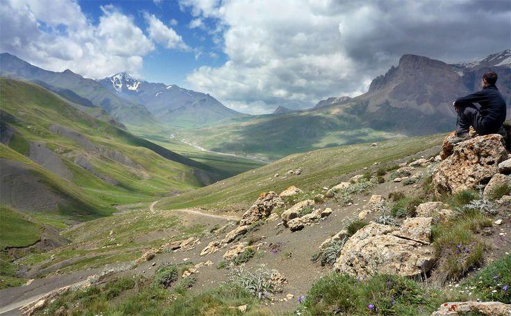 landscapes of azerbaijan: Thankskhinalug Valley, Azerbaijani Government, Gulliv Travel, Azerbaijan Awesome, Azerbaycanim Shekileri, Azerbaijan Landscape, Amazing Place, Interesting Place, Bizim Xaliqmiz