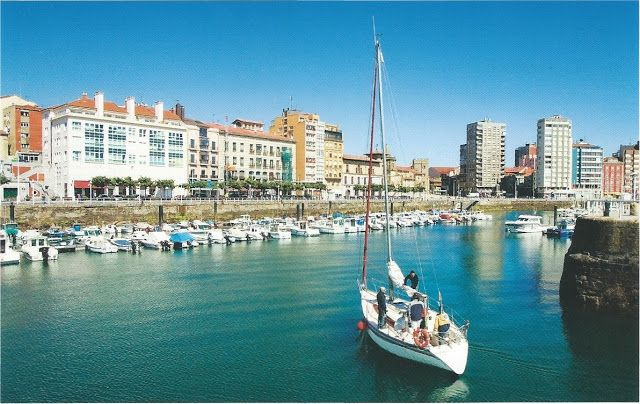 La Atalaya Nocturna: Lunes de Postal (Monday's postcard): Puerto deport...