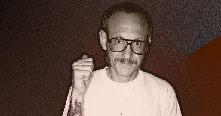 New Allegation: Photographer Terry Richardson Sexually Assaulted Designer In His Studio Doorway   Lindsay Johnson never planned to talk openly about her encounters with prolific fashion professional photographer Terry Richardson. The Brand New You are able to City-based designer and model views herself a personal person. She never desired to harm anybody&rsquos livelihood or hurt her very own career or &ldquocause drama&rdquo by divulging her story, she states…