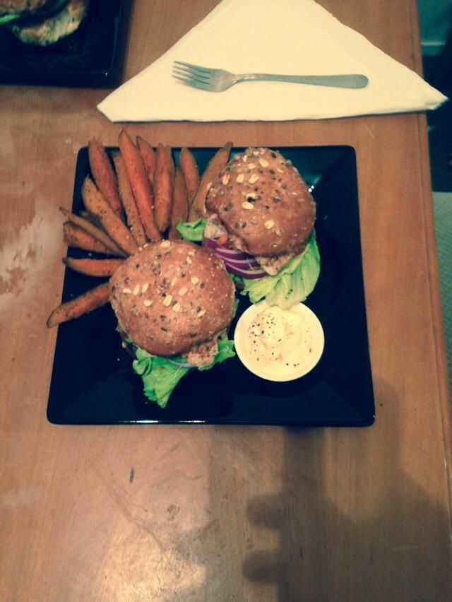 Fush burgs (snapper that we caught) w/ whole meal buns, salad, home made, baked kumera chips & paprika sour cream on the side.