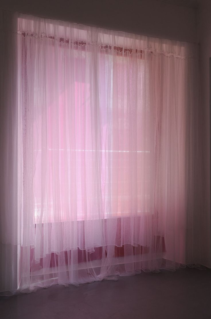 die besten 25 pink sheer curtains ideen auf pinterest. Black Bedroom Furniture Sets. Home Design Ideas