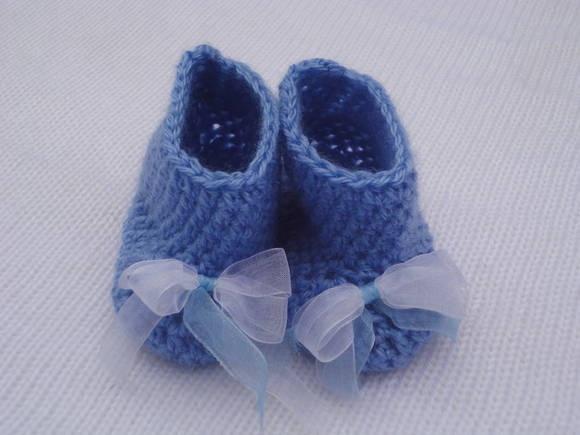 crocheted bootie  botinha em croche