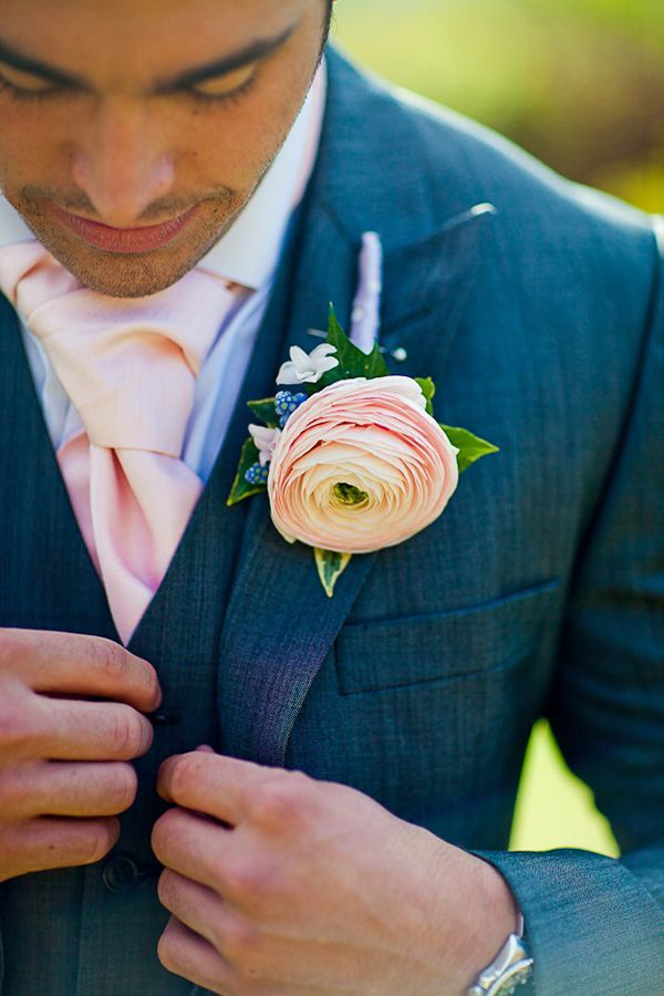 Really like this -- especially the cravat (but not in that color... too pink)