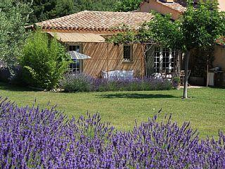 Une+maison+de+charme+(65+m²)+sur+une+propriété+privée+(1,3+ha)+avec+baignade+++Location de vacances à partir de Aix en Provence Pays d'Aix @homeaway! #vacation #rental #travel #homeaway