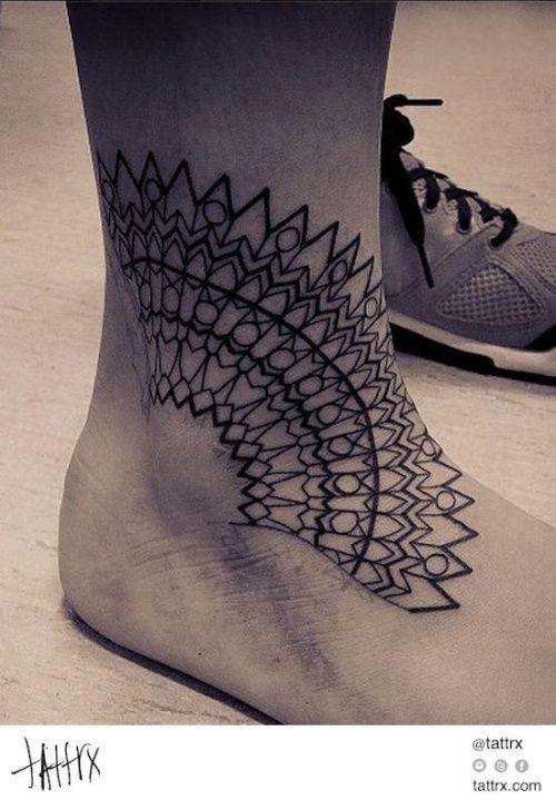Вдохновение: Татуировки на подъеме стопы                              …