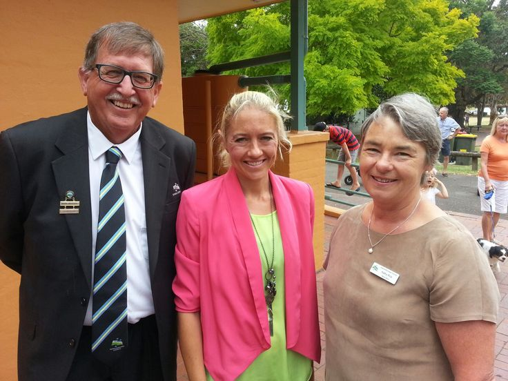 Overseeing Citizenship Ceremony, Councillor Mark Westhoff, Ambassador Amy Wilkins and Deputy Mayor Kathy Rice at Hindmarsh Park, Kiama